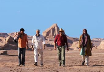 نگاهی به فیلم «خسته نباشید»؛ ساختة افشین هاشمی و محسن قرایی
