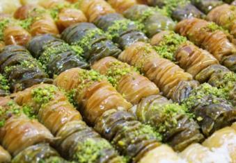 سوغاتی های باقلوا