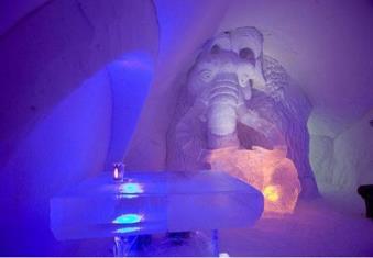 قصر یخی، فنلاند